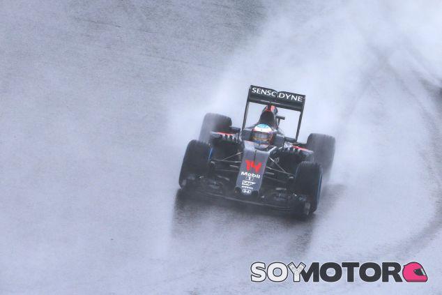 Brawn lamenta que Alonso no haya acertado en sus cambios de equipo - SoyMotor