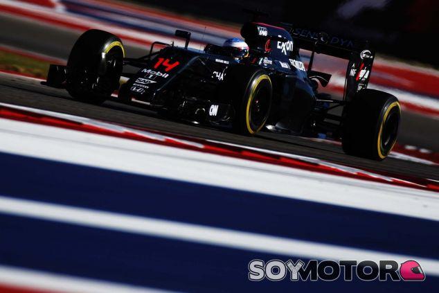 Alonso atacó durante toda la carrera - LaF1