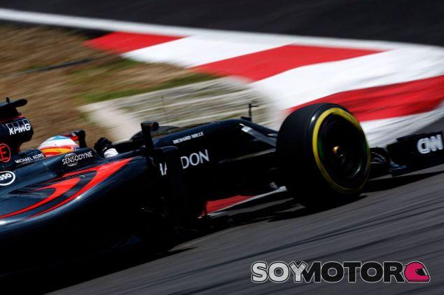 Alonso remontó muchas posiciones ya desde la primera vuelta en Malasia - LaF1