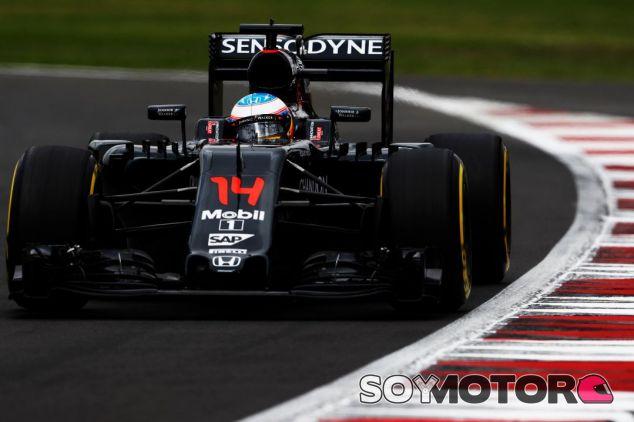 McLaren puede que cambie de combustible el año que viene - SoyMotor