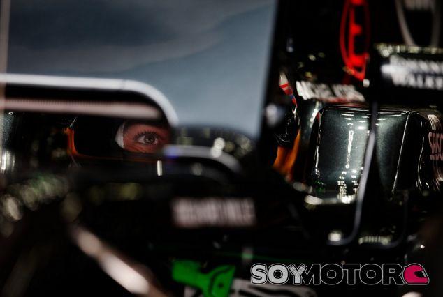 Alonso está ojo avizor por si sale la oportunidad en Mercedes - SoyMotor