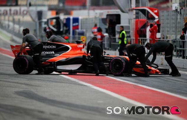 McLaren-Honda sufrió muchos fallos de fiabilidad durante la pretemporada - SoyMotor