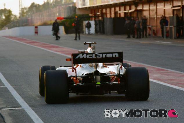 McLaren-Honda sufre los primeros problemas de la pretemporada - SoyMotor
