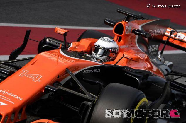 Alonso en el Día 6 del Circuit de Barcelona-Catalunya - SoyMotor