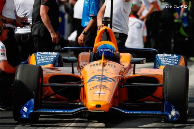 Alonso negocia con varios equipos un tercer asalto a Indianápolis - SoyMotor.com