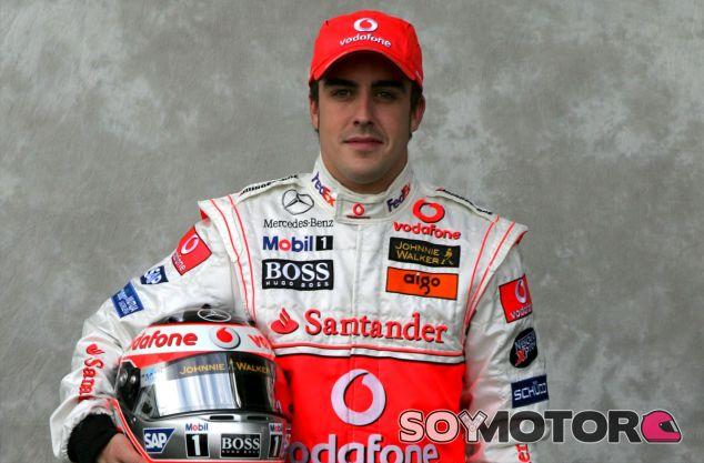 Fernando Alonso en Australia 2007, su primera carrera como piloto McLaren - LaF1