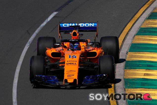 Fernando Alonso en Albert Park - SoyMotor