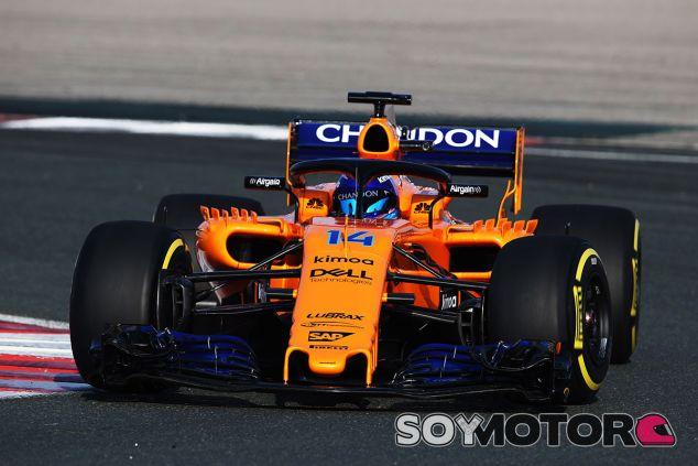 Fernando Alonso con el MCL33 en Navarra - SoyMotor.com