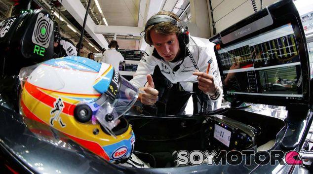 Fernando Alonso en una imagen de archivo de 2015 - LaF1
