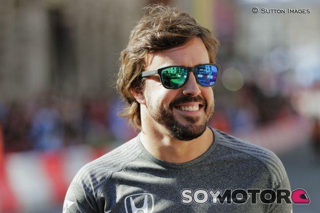 Alonso, durante el F1 Live London - SoyMotor.com