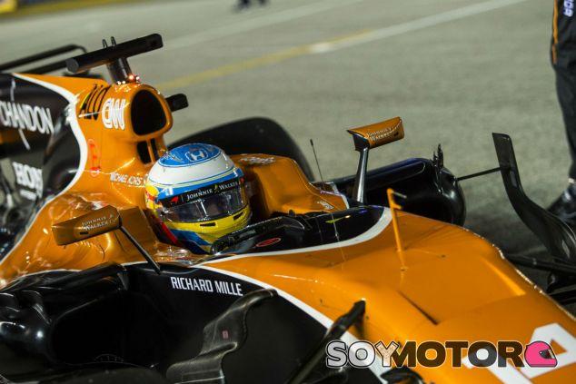 Fernando Alonso en Singapur - SoyMotor.com