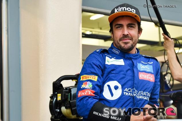 """Alonso: """"Pilotaré hasta que encuentre a alguien más rápido que yo en el mismo coche"""" - SoyMotor.com"""