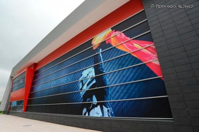 Reabre el museo de Alonso, que espera el Hilux y estrena recorrido - SoyMotor.com