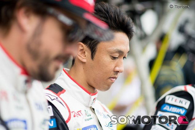 Fernando Alonso y Kazuki Nakajima en Le Mans - SoyMotor