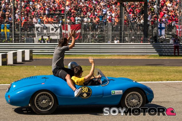 Fernando Alonso y Jolyon Palmer en Monza - SoyMotor.com