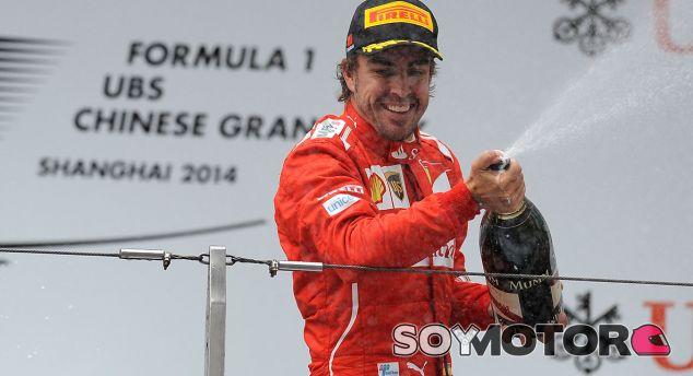"Dieter Zetsche: ""Alonso es, quizás, el mejor piloto de Fórmula 1"" - LAF1.es"