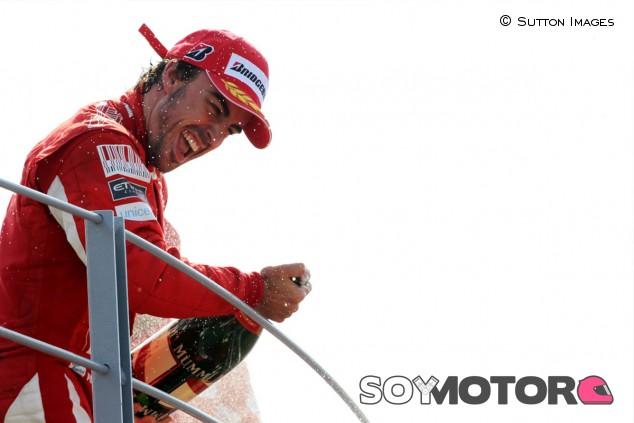 Alonso, presente en Monza para ayudar a McLaren - SoyMotor.com
