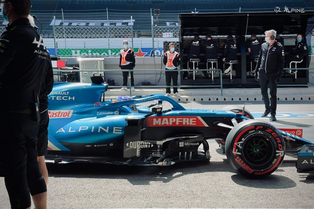 Alonso tuvo que hacer rehabilitación tras su accidente en bicicleta - SoyMotor.com