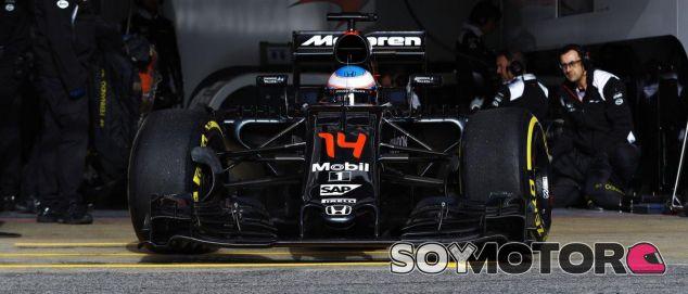 Alineación de pilotos para los test de pretemporada en Barcelona - LaF1