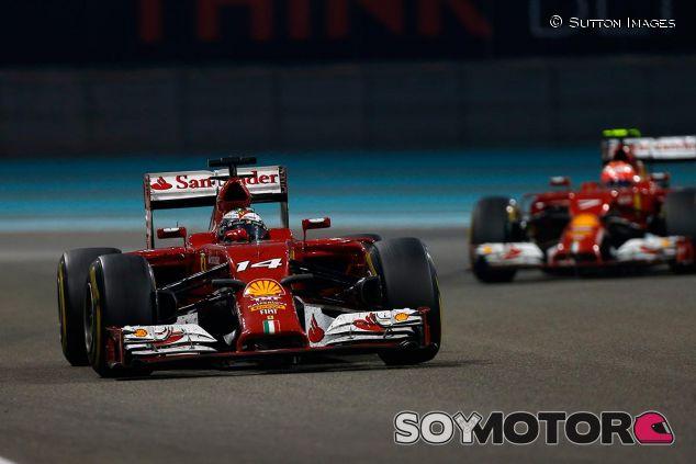Fernando Alonso y Kimi Räikkönen en una imagen de archivo - SoyMotor