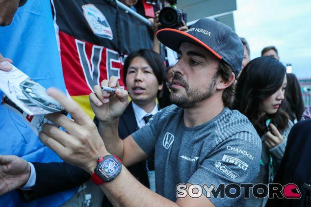 Alonso, con su RM 50-03 en Suzuka - SoyMotor.com