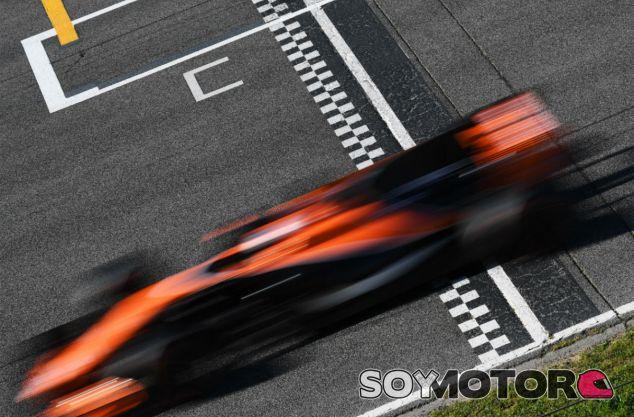 Test F1 Barcelona: Día 2 minuto a minuto - SoyMotor