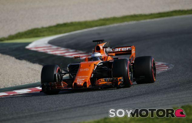 """Boullier: """"Alonso quiere resolver los problemas de motor"""" - SoyMotor"""