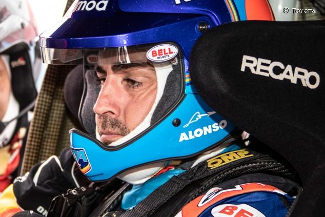 Alonso ya prueba el Toyota del Dakar en Sudáfrica - SoyMotor.com