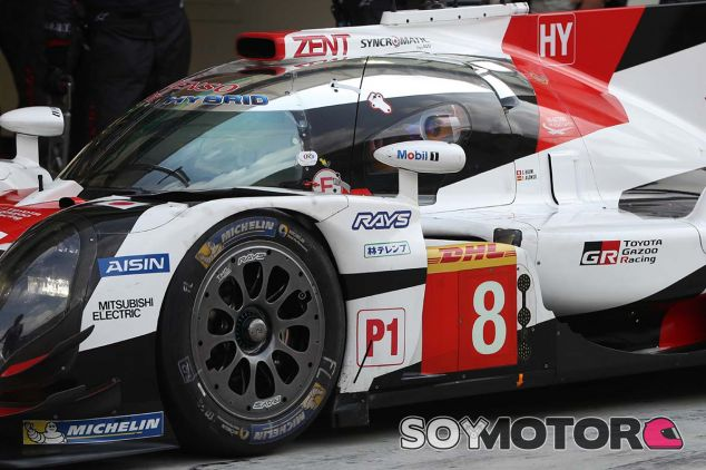 Fernando Alonso en el test de Toyota de Baréin el pasado noviembre - SoyMotor.com