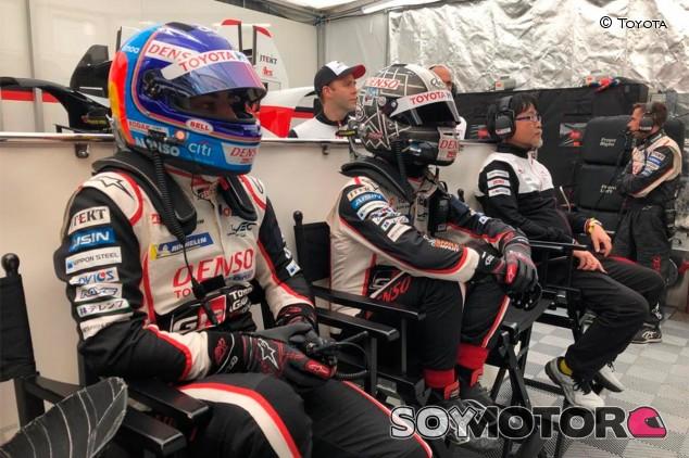 Fernando Alonso y Kamui Kobayashi en Le Mans 2019 - SoyMotor