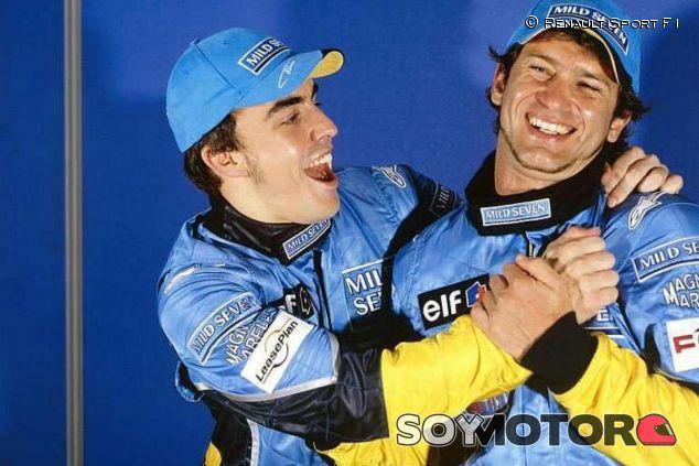 Jarno Trulli y Fernando Alonso cuando eran compañeros en Renault - LaF1.es