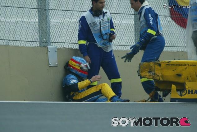 18 años del día que Alonso 'celebró' un podio en el hospital - SoyMotor.com
