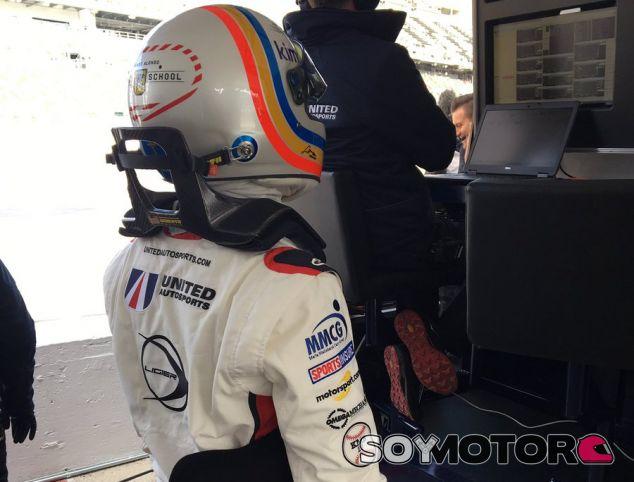 Fernando Alonso, listo para subirse al coche –SoyMotor.com