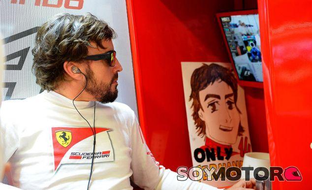 Alonso descarta correr con un equipo con motor Mercedes