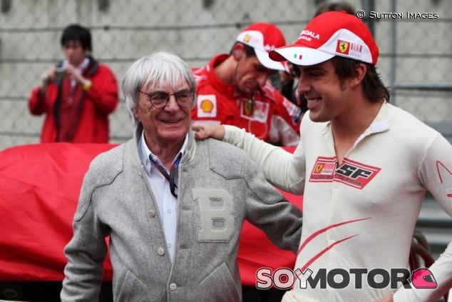 """Ecclestone: """"Quizás Alonso vuelve con Ferrari en 2020"""" - SoyMotor.com"""