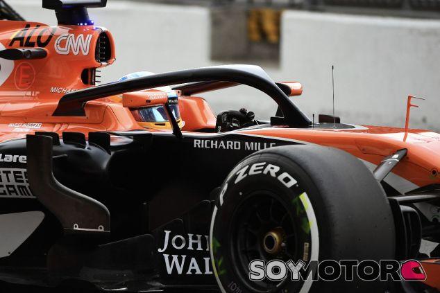 Fernando Alonso con el halo –SoyMotor.com
