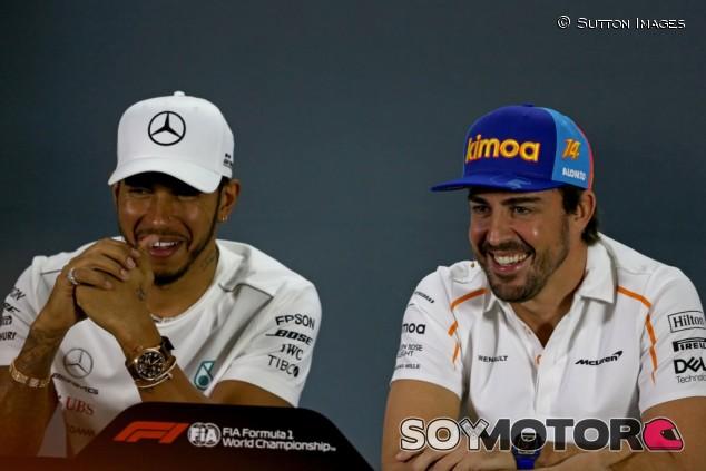 """Hamilton, """"muy agradecido"""" con Alonso por un mensaje de felicitación – SoyMotor.com"""