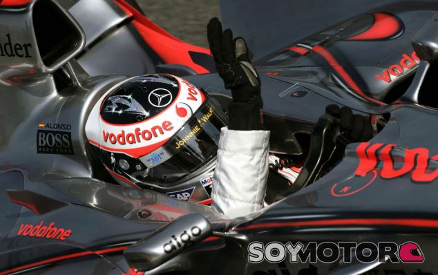 Fernando Alonso en el McLaren de 2007 - LaF1