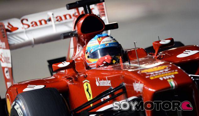 Fernando Alonso hoy en Singapur - LaF1
