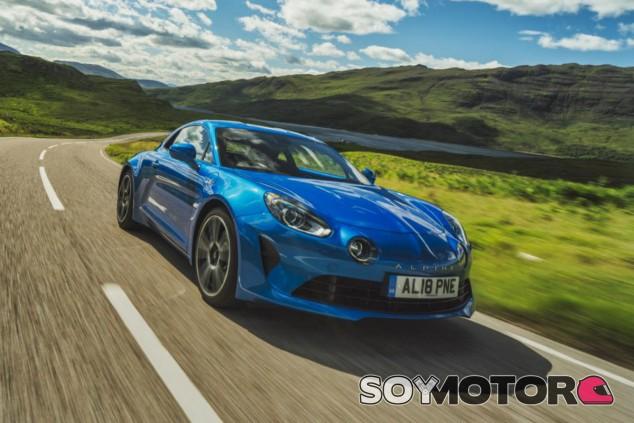Alpine A110 - SoyMotor.com
