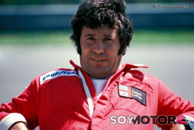Mario Andretti durante la temporada 1976 - SoyMotor