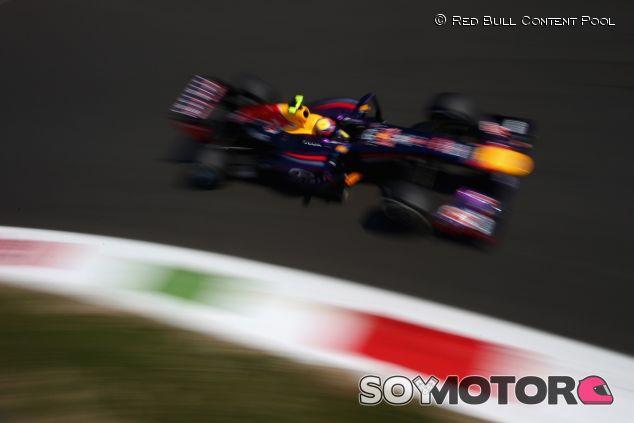 Mark Webber y su Red Bull en Italia - LaF1