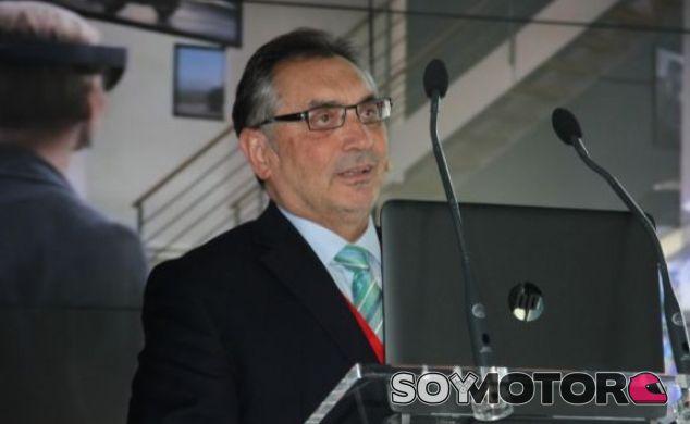 Antonio Cobo, director general de GM España y Anfac. Jornada Desafíos del sector de la Automoción - Fran Rodríguez Expansión