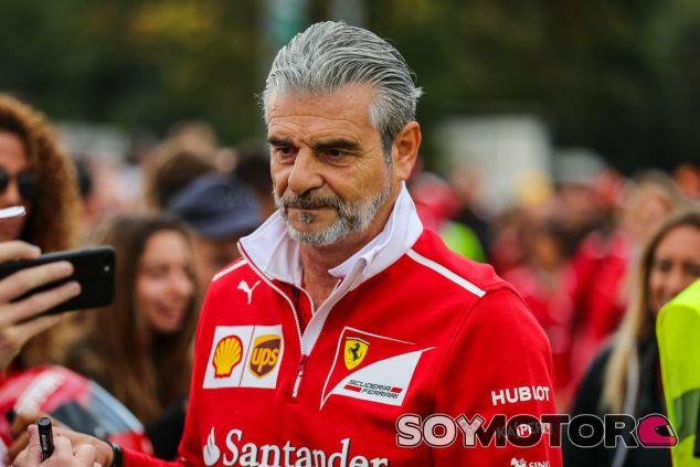 Arrivabene durante el GP de Italia - SoyMotor.com