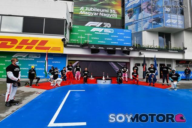 La F1 organizará un tiempo para gestos antiracismo en Silverstone - SoyMotor.com