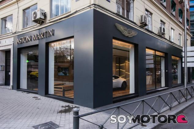 Aston Martin inaugura su nuevo concesionario oficial en Madrid - SoyMotor.com
