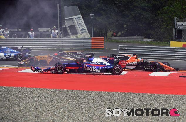 Accidente de la salida del GP de Austria - SoyMotor