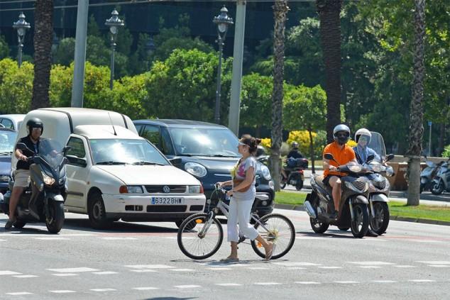 Barcelona prueba una nueva tecnología antiatropellos - SoyMotor.com