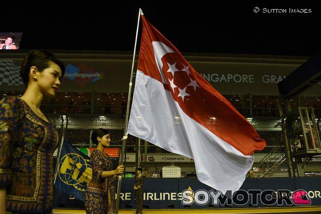 Azafatas en Marina Bay - SoyMotor.com