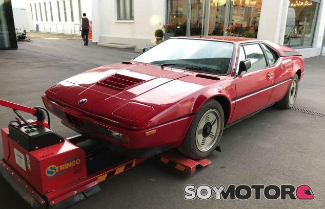 Desempolvan un BMW M1 de 1981 abandonado en un garaje - SoyMotor.com